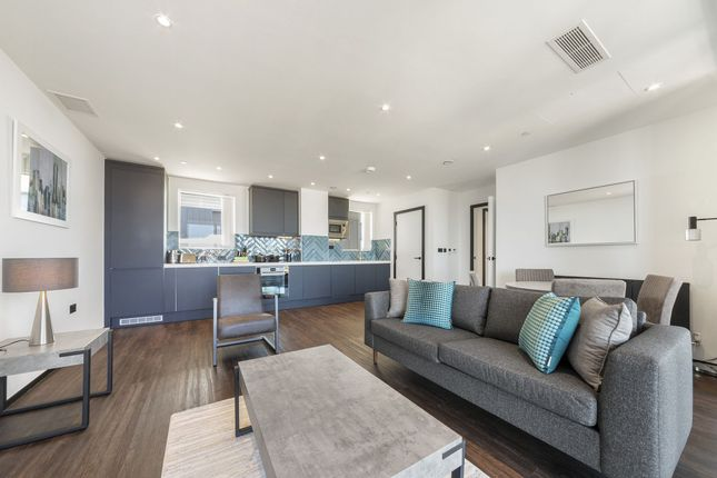Thumbnail Flat to rent in West Gate, London