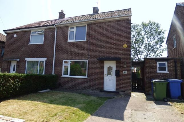 Thumbnail Semi-detached house to rent in Edale Avenue, Stockport