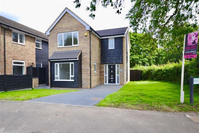 Thumbnail Detached house for sale in Hartsbourne Way, Hemel Hempstead, Herts