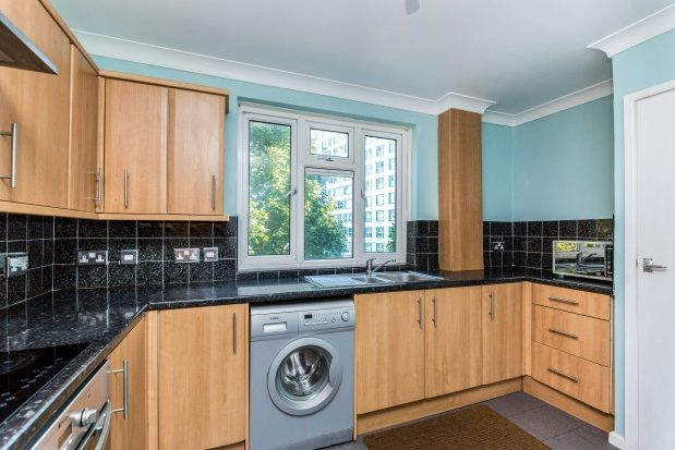 Thumbnail Flat to rent in St. Pauls Road, Southsea