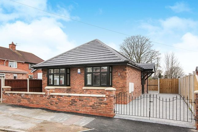 Thumbnail Bungalow for sale in Lawrence Avenue, Moulton, Northwich