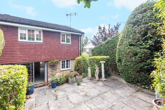 Garden of Milton Close, Henley-On-Thames RG9