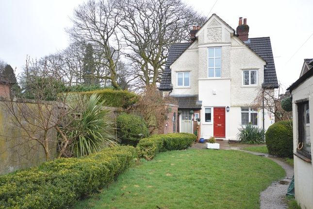 Thumbnail Flat to rent in Headley Road, Grayshott, Hindhead