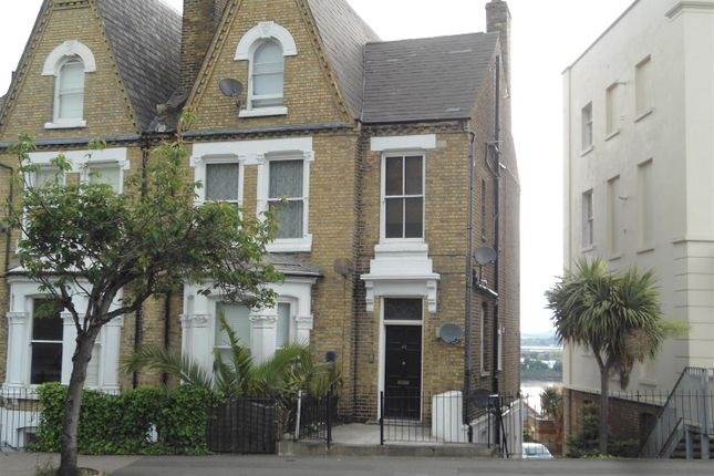 Thumbnail Flat to rent in New Road, Rochester