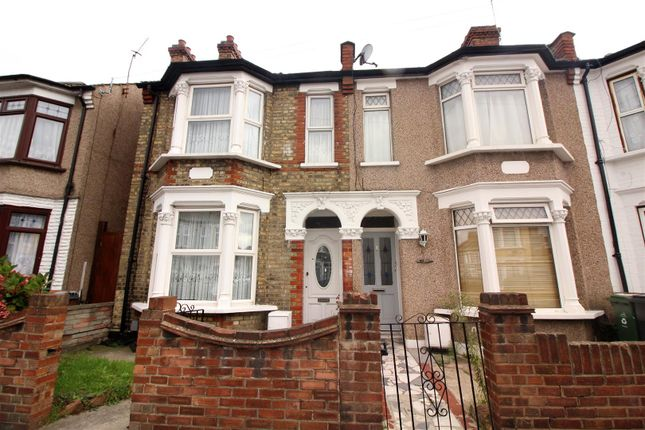 3 bed terraced house for sale in Fulbourne Road, London