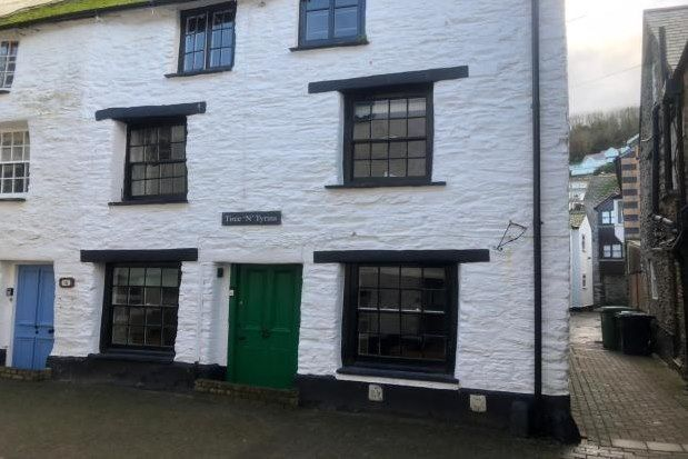 2 bed end terrace house to rent in Lower Chapel Street, Looe PL13