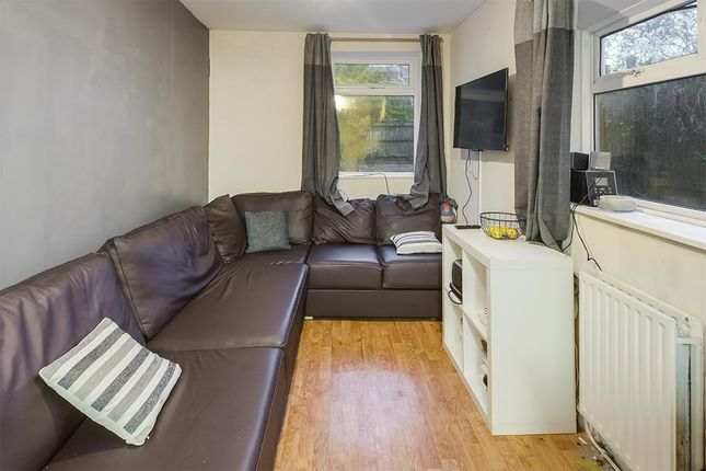 Terraced house to rent in Milton Road, Southampton