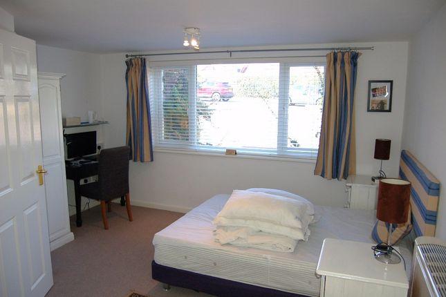 Guest Room 1 of Moniton Estate, West Ham Lane, Basingstoke RG22