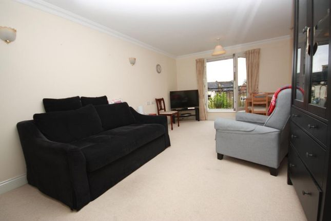 Thumbnail Flat to rent in Horn Lane, Acton, London