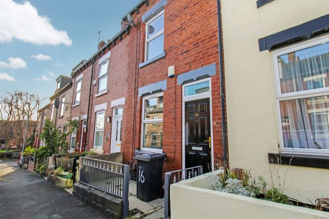 4 bed terraced house to rent in Carberry Place, Hyde Park, Leeds LS6