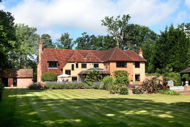Thumbnail Detached house for sale in Pyebush Lane, Beaconsfield, Bucks