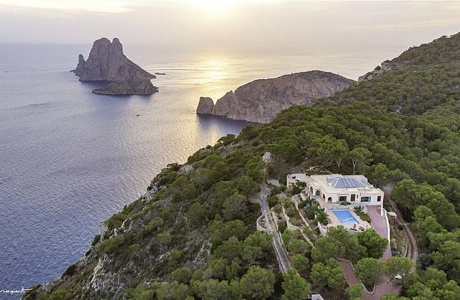 Thumbnail Villa for sale in Bon Lloc, Cala Llentrisca, Balearic Islands, Spain