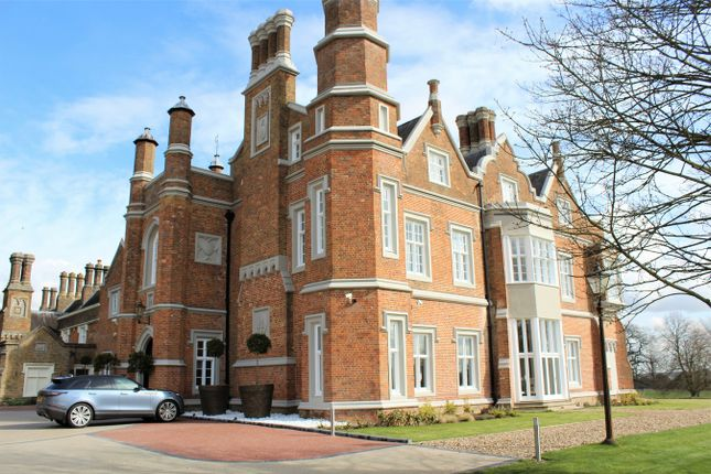 Thumbnail Flat for sale in Hamels Mansions, Knights Hill, Buntingford, Hertfordshire