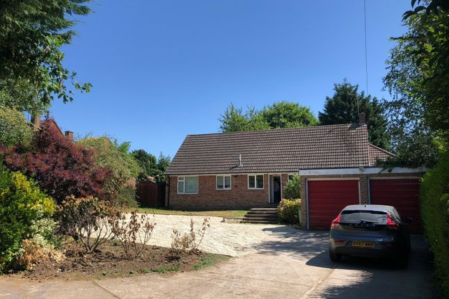 Thumbnail 5 bed detached house to rent in Church Road, Sandford-On-Thames, Oxford