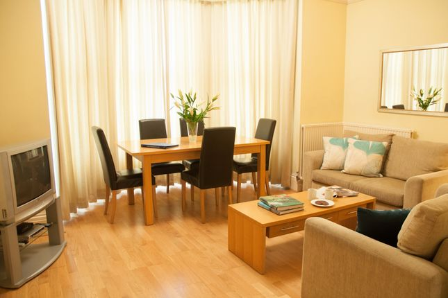 Thumbnail Flat to rent in Kew Gardens, London