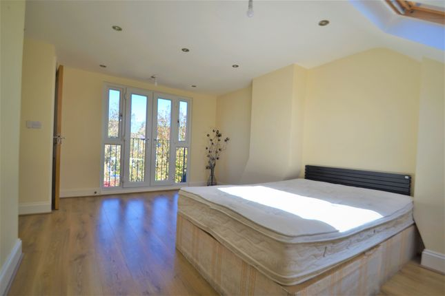 Thumbnail Terraced house to rent in Gathorne Road, London