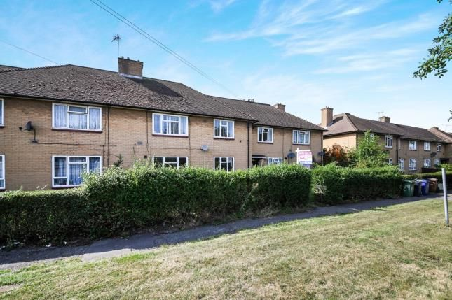 Flats for Sale in Belhus Park, Aveley, South Ockendon RM15