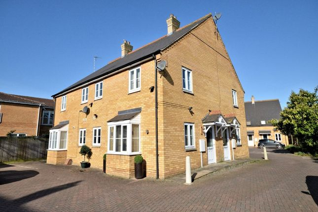Thumbnail Town house for sale in Admiral Court, Long Sutton, Spalding