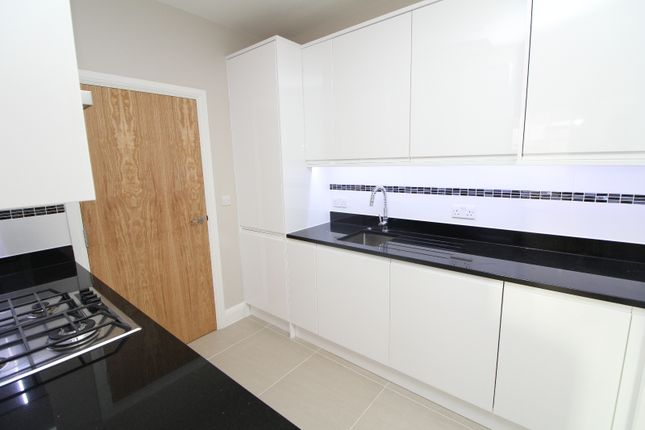 Thumbnail Flat to rent in Kirkdale, Sydenham