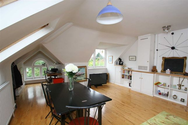 Thumbnail Flat to rent in Woodborough Road, London
