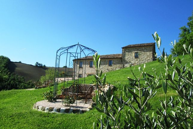 pergola 6 bedroom farmhouse. farmhouse for sale in pergola marche italy 6 bedroom primelocation