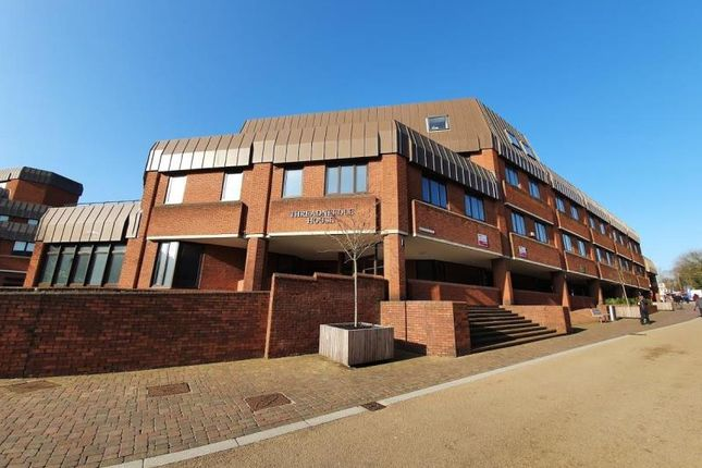 2 bed flat to rent in Threadneedle House, Alcester Street, Redditch B98