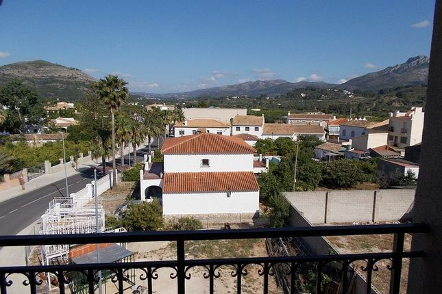3 bedroom apartment for sale in Spacious 3 Bed, 1 Bath, Top Floor Apartment, Murla, Alicante