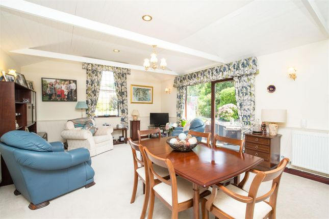 Family Room of Haigh Side Drive, Rothwell, Leeds LS26