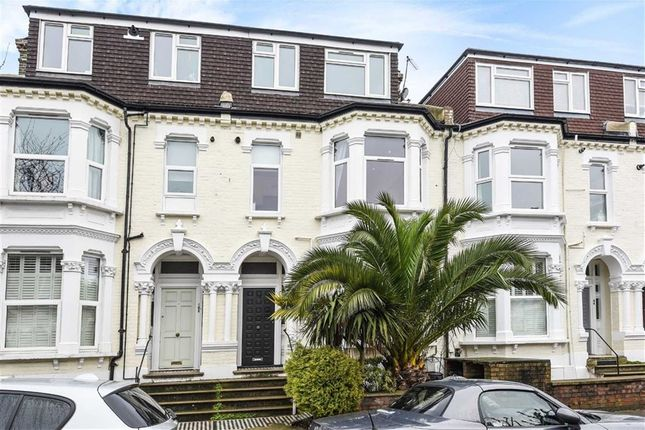 Thumbnail Flat for sale in Ravenslea Road, London