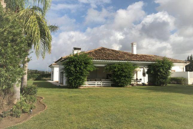 Thumbnail Villa for sale in 11312 San Enrique De Guadiaro, Cádiz, Spain