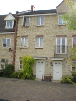 Thumbnail Terraced house to rent in Grebe Road, Bicester, Oxfordshire
