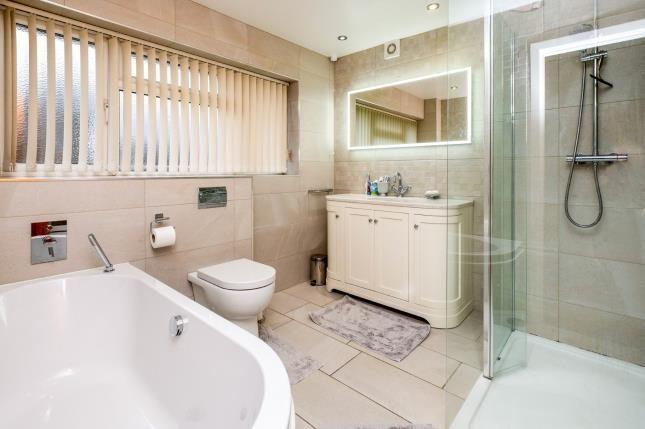 Family Bathroom of Quickswood Close, Liverpool, Merseyside L25