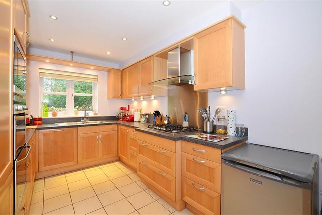 Thumbnail Town house for sale in Discovery Drive, Kings Hill, West Malling, Kent