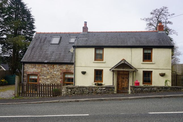 Thumbnail Detached house for sale in Thornhill Road, Cwmgwili, Llanelli