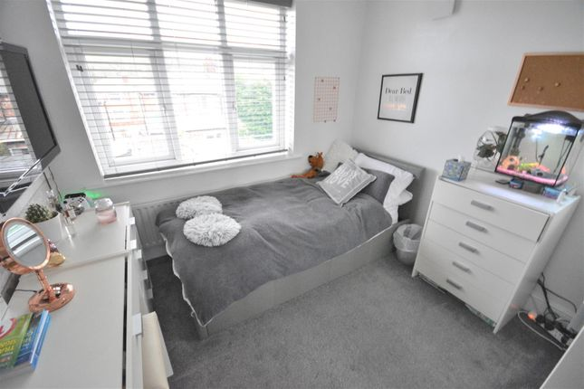 Bedroom 2 of Masefield Avenue, Prestwich, Manchester M25