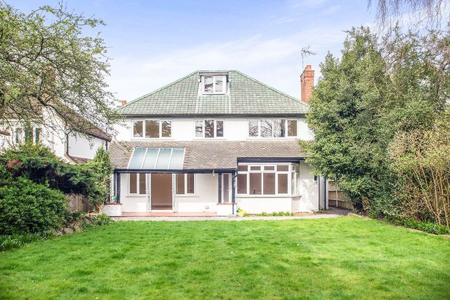 Thumbnail Detached house for sale in Chiltern Road, Sutton
