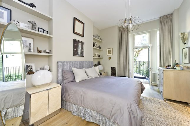 Bedroom of Elgin Crescent, London W11