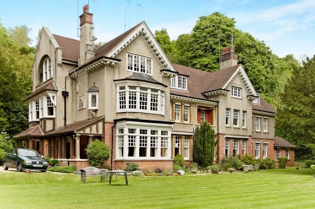 Thumbnail Flat for sale in The Chestnuts, 66 Harestone Valley Road, Caterham, Surrey