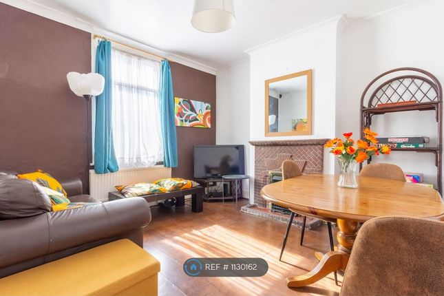 Thumbnail Terraced house to rent in Waverley Road, London