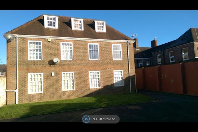 Thumbnail Flat to rent in Clockhouse Court, Crowborough