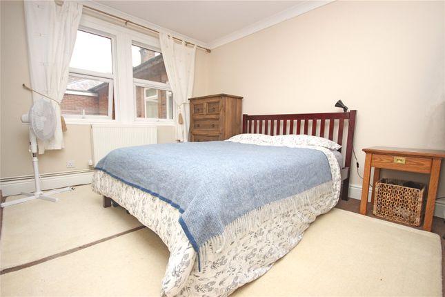 2 Bed Flat For Sale In 6 Jubilee Lodge Beacon Edge