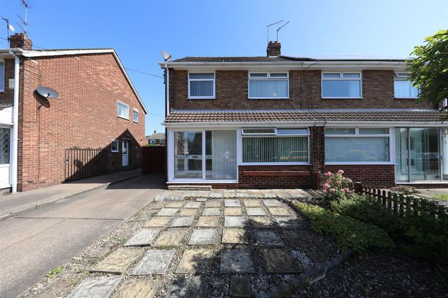 Thumbnail Semi-detached house for sale in Abbots Close, Hull