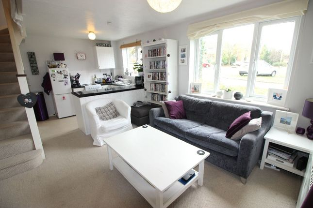 1 bed terraced house to rent in The Orchard, Lightwater GU18