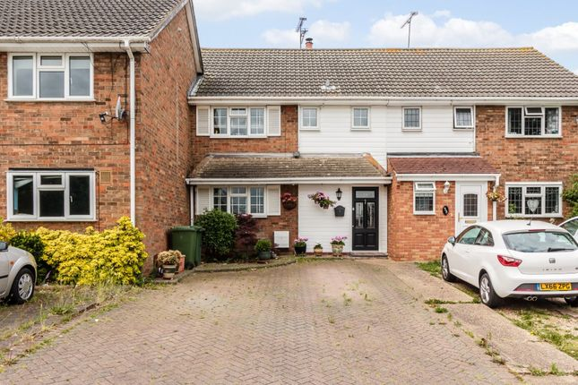 Thumbnail Terraced house for sale in Ingaway, Basildon, Essex