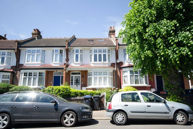Maisonette for sale in Caversham Avenue, Palmers Green