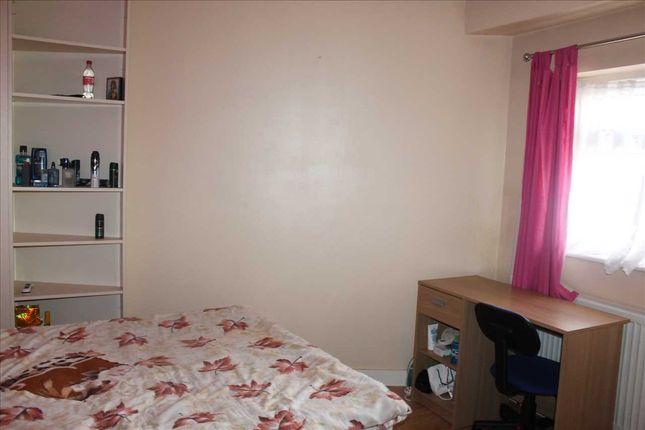Bedroom 5 (Ground Floor)
