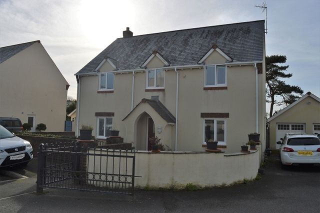 Thumbnail Detached house to rent in Burrows Close, Southgate, Swansea
