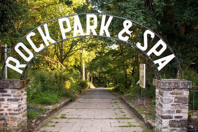 Nearby Park of 8 Cadwallader, Park Crescent, Llandrindod Wells LD1