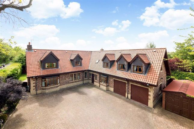 Thumbnail Detached house for sale in Hookstone Road, Harrogate, North Yorkshire