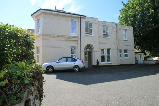 Thumbnail Flat to rent in 40 Victoria Avenue, Shanklin, Isle Of Wight.